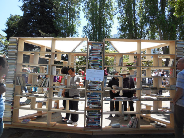 _Lacuna_by_FLUX Foundation_for_Bay_Area_Book_Festival_2015_photo_by_Margie_Yee_Webb
