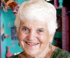 Joan Reinhardt Reiss